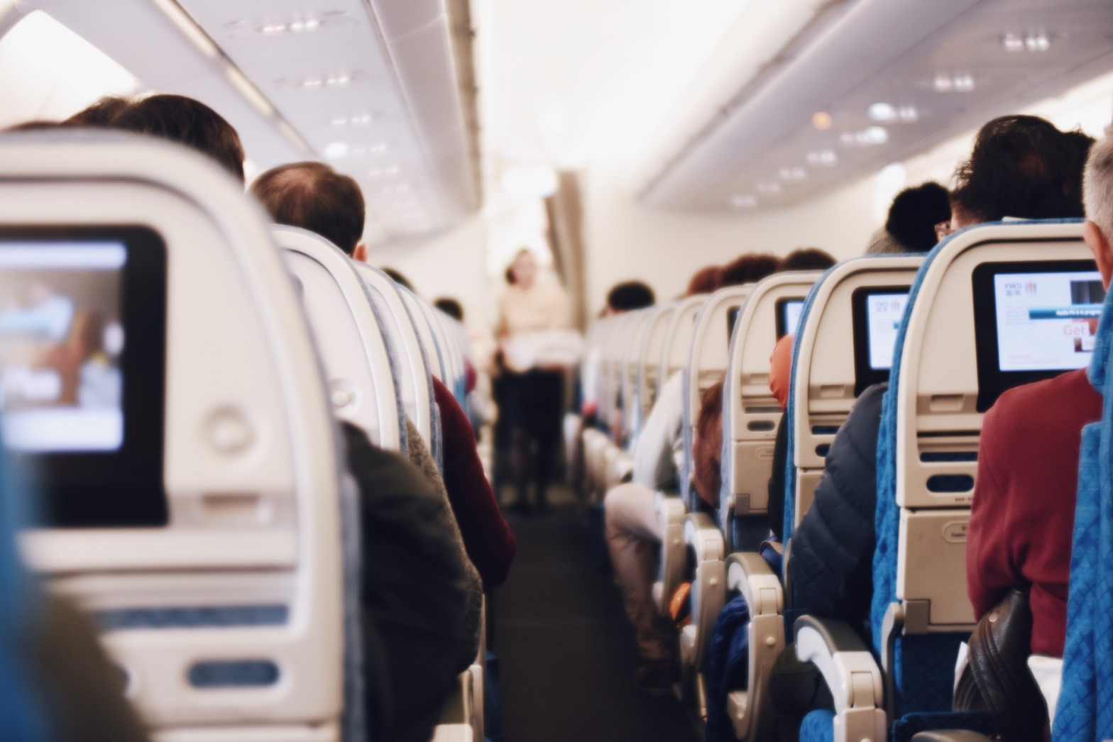 How to avoid motion sickness on planes